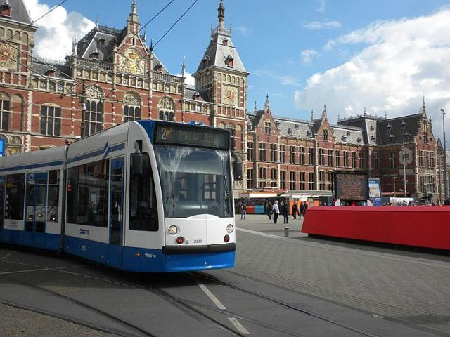 amsterdam ulaşım hakkında detaylı bilgiler
